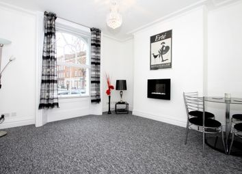 Thumbnail 1 bedroom flat to rent in The Porticos, Kings Road, London