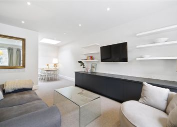 Thumbnail 2 bed mews house for sale in Cobham Mews, London