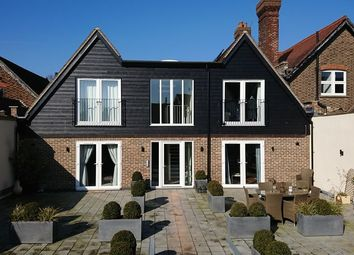 Thumbnail 2 bed flat to rent in Oakleigh Court, Station Road West, Oxted