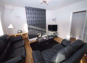 Thumbnail 2 bed flat to rent in Hollydene, Beckenham Lane, Bromley, Kent