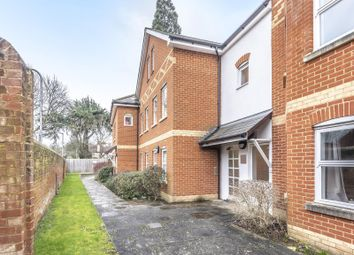 Thumbnail 2 bed flat for sale in Crescent Road, Reading