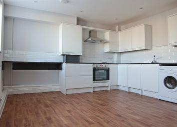 Thumbnail 2 bedroom flat to rent in High Street, Chislehurst