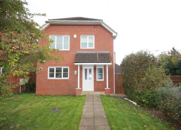 Thumbnail 3 bed detached house to rent in Brighton Close, Addlestone