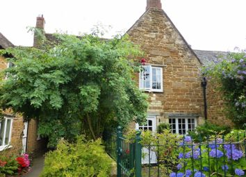 Thumbnail 4 bed town house for sale in Hopes Yard, Uppingham, Oakham