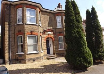 Room to rent in 5 Washington Road, London E18