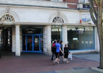 Thumbnail Retail premises to let in 69 New George Street, Plymouth, Devon