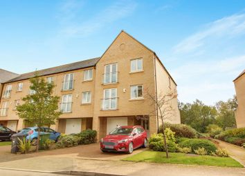 Thumbnail 4 bed town house to rent in Skipper Way, Little Paxton, St. Neots
