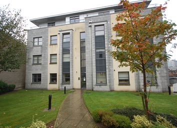 Thumbnail 2 bed flat to rent in Willowbank Road, First Floor Left, Aberdeen