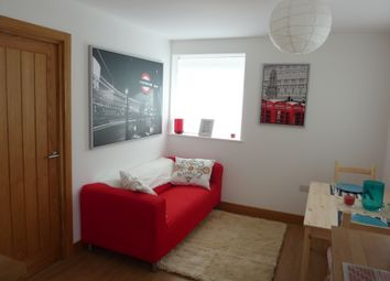 Thumbnail 3 bed flat to rent in Winnall Close, Winchester