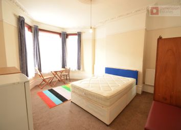 Thumbnail 1 bed flat to rent in Mildenhall Road, Hackney