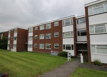 Thumbnail 2 bed flat to rent in Squirrels Green, Redhill