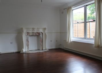 Thumbnail 3 bed flat to rent in West Gardens, Wapping