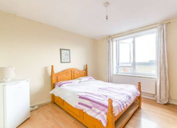 Thumbnail 3 bed flat for sale in Nightingale Road, Islington