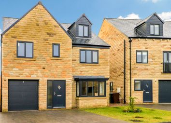 Thumbnail 6 bed detached house for sale in Horbury View, Ossett