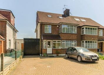 Thumbnail 5 bed property to rent in High Road, Finchley