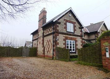 Thumbnail 2 bed cottage for sale in Carr Lane, Appleby, Scunthorpe