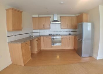 Thumbnail 2 bed flat to rent in Foxglove Way, Luton, Beds
