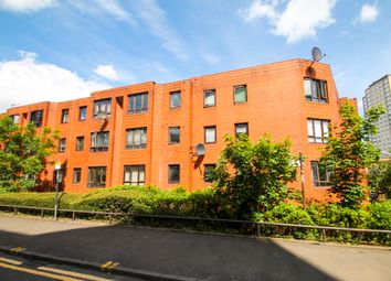 Thumbnail 2 bedroom flat for sale in New City Road, Glasgow