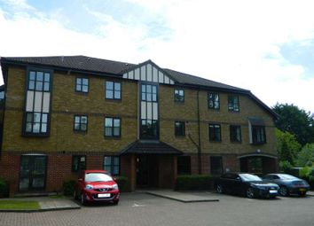 Thumbnail 1 bed flat to rent in Fircroft, Epsom Rd, Leatherhead