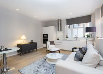 Thumbnail 2 bed flat to rent in Stukeley Street, London