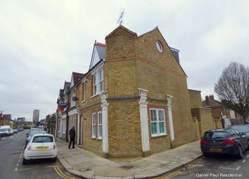 Thumbnail 2 bed flat to rent in Junction Road, Ealing, London