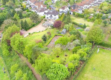 Thumbnail 6 bedroom detached house for sale in Fordwich Rise, Hertford