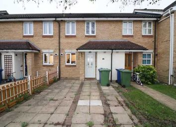 2 bed terraced house to rent in Swallow Close, Grays RM16