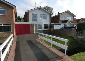 3 bed property for sale in Lynbrook Close, Hollywood, Birmingham B47