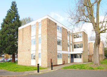 Thumbnail 2 bed flat for sale in Cole Gardens, Hounslow