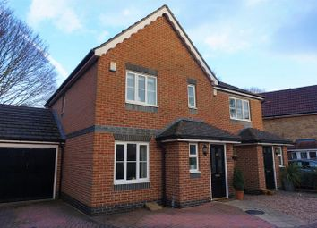 Thumbnail 3 bed detached house for sale in Dorneywood Way, Newbury