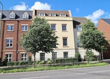 Thumbnail 2 bed flat for sale in 8 Welch Way, Witney