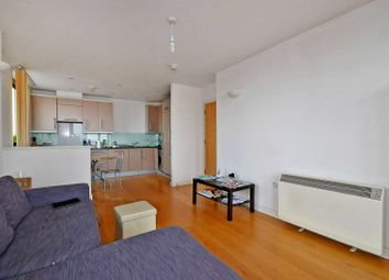Thumbnail 2 bedroom flat to rent in Spencer Way, Shadwell