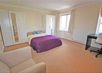 Room to rent in Crowe Road, Bedford MK40