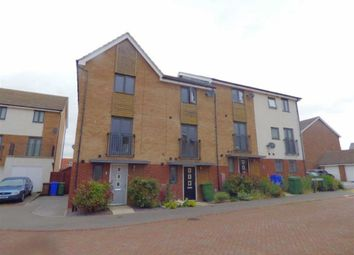 Thumbnail 3 bed town house to rent in Turner Close, Brough, East Yorkshire