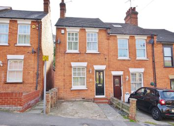 Thumbnail 2 bed cottage to rent in Weald Road, Brentwood