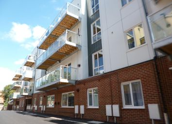 2 bed flat to rent in Hubert Walter, Maidstone ME16