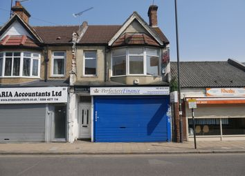 Thumbnail 2 bed flat to rent in Masons Avenue, Wealdstone