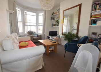 Thumbnail 2 bed flat to rent in Witherington Road, London