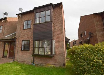 Thumbnail 1 bedroom maisonette for sale in Runnymede Court, Stanford-Le-Hope, Essex