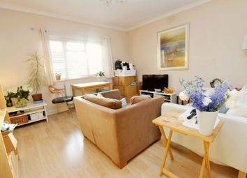 Thumbnail 1 bed flat to rent in Torrington Park, London