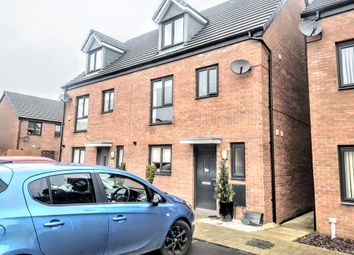 Thumbnail 4 bedroom town house for sale in Haven Walk, Barry