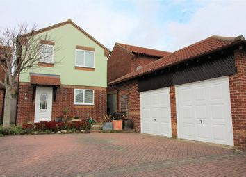 Thumbnail 4 bedroom detached house to rent in Whynot Way, Weymouth, Dorset