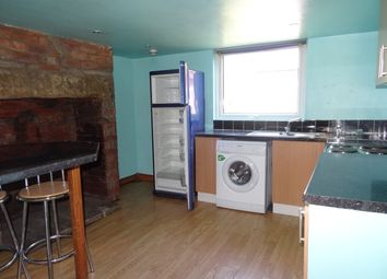Thumbnail 2 bed flat to rent in Hillcrest Avenue, Leeds