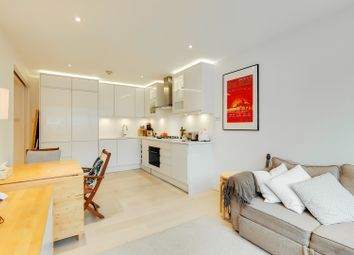 Thumbnail 1 bed flat for sale in St. Martin's Lane, London