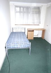 Thumbnail Room to rent in Knottisford Street, Bethnal Green