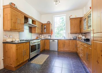 3 bed property for sale in Moorland Road, Brixton, London SW9