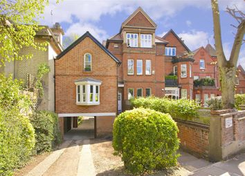 Thumbnail 2 bed flat for sale in Netherhall Gardens, London
