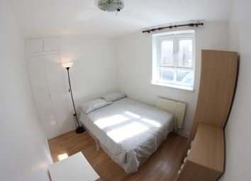 Thumbnail Room to rent in Elgar Close, London