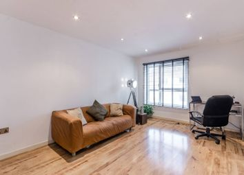 Thumbnail 1 bedroom flat for sale in Windmill House, Canary Wharf