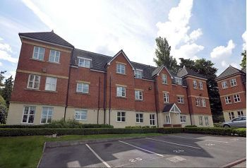 Thumbnail 2 bedroom flat for sale in Summer Drive, Sandbach